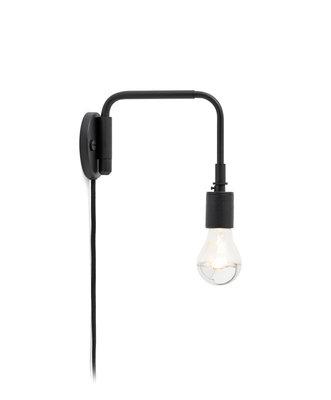 Staple Wall Lamp